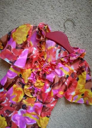 Винтажное платье трендовый рукав
