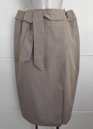 Стильная юбка primark в клетку модного кроя с разрезом спереди