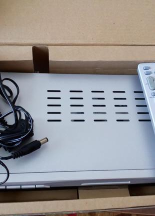 Цифровой и спутниковый приемник (также аналоговый) ресивер
