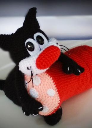 Вязанная игрушка Кот и Колбаса
