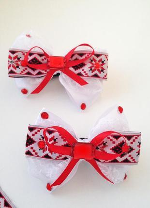 Красиві бантики для вишиванки в школу на 1 вересня