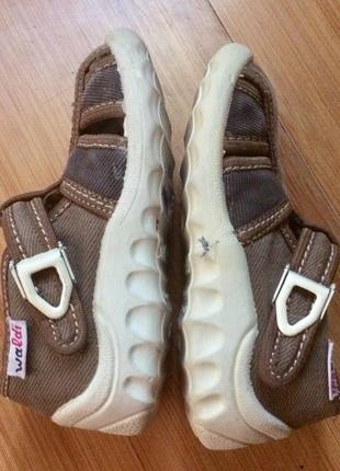 тапки Waldi , босоножки, туфли, мокасины детские размер 24
