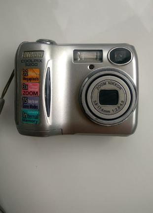Фотоаппарат Nikon Coolpix 3200