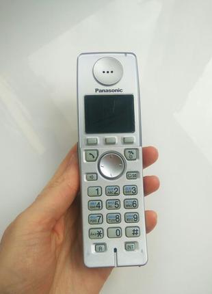 Цифровой беспроводной телефон с автоответчиком KX-TG8127UA Pan...