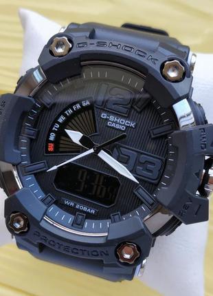 Спортивные наручные часы черного цвета