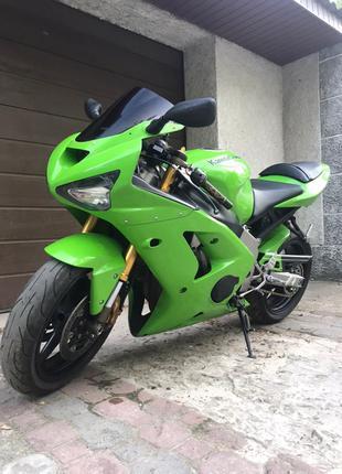 Разбор Kawasaki Ninja 636 Есть все запчасти