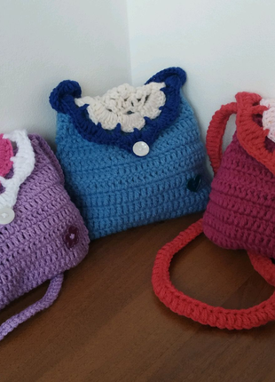 Вязание сумочку для дівчаток крючком