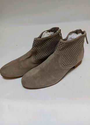 Ботинки (полусапоги) pier one. брендове взуття stock