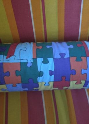Яркая цветная декоративная подушка валик окружность 46см на 40см
