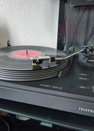 Проигрыватель виниловых дисков Telefunken