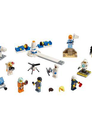 Конструктор 11384 Комплект минифигурок Исследования космоса 293 д