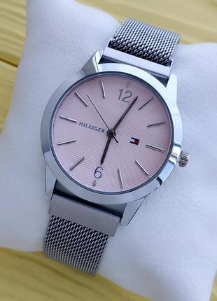 Женские серебристые часы с сетчатым браслетом на магните, розо...