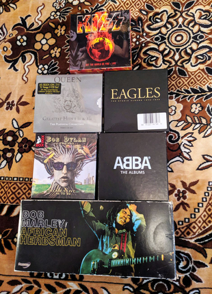 Подарочные CD box сеты(Queen,Kiss,Abba,Eagles,Beatles,U2,Nirvana)