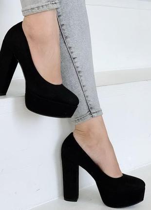 Чёрные замшевые туфли на высоком каблуке,чёрные замшевые туфли...