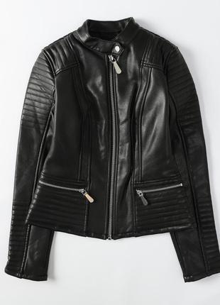 Кожанная куртка guess(два цвета)