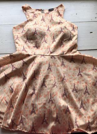 Шикарное лёгкое платье с пуш ап