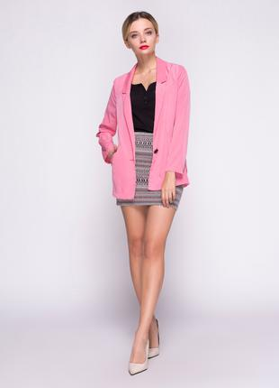 Пиджак легкий розового цвета Bershka