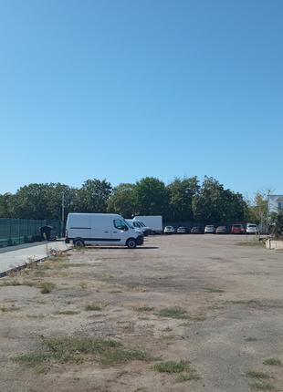 Площадка с твердым покрытием под стоянку транспорта