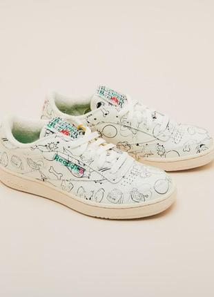 Кроссовки reebok tom and jerry club c 85 fx4011