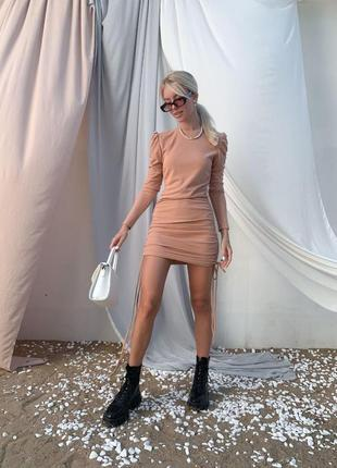 Платье на шнурочках по боках