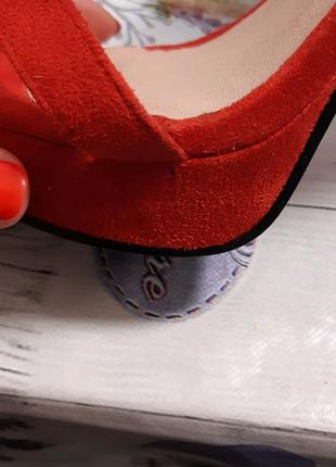 Туфлі червоні boohoo