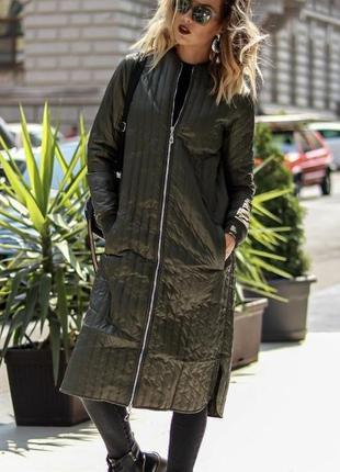 Стильная куртка пальто на синтепоне