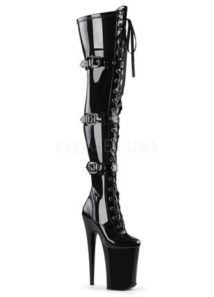 Чёрные лакированные стрипы-четвёрки, ботфорты на высоком каблуке