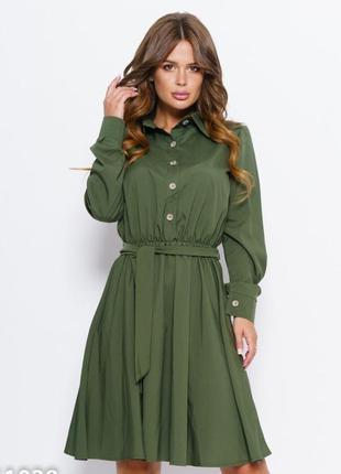 Платье-рубашка раклешенное приталенное длина миди