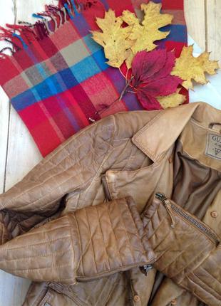 Косуха утепленная  шарф / бренд guess /утепленная кожаная куртка