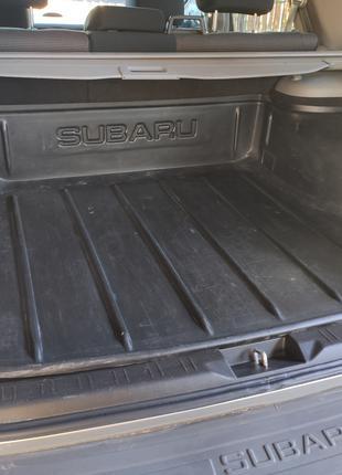 Поддон в багажник Subaru Forester