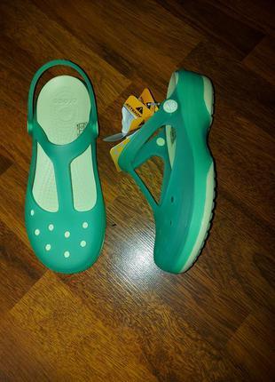 Босоножки crocs w7-37/38-