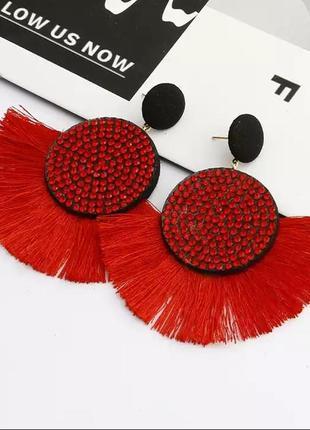 Серьги гвоздики кисточки большие красные сережки