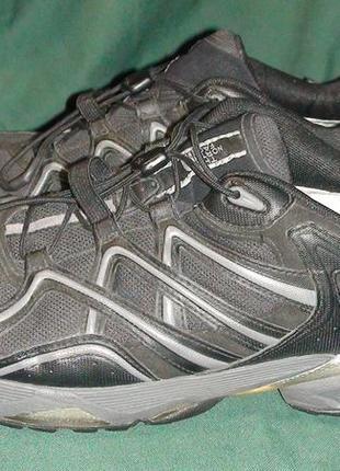The North Face - трекінгові кросівки. Р - 44 (28.5см)