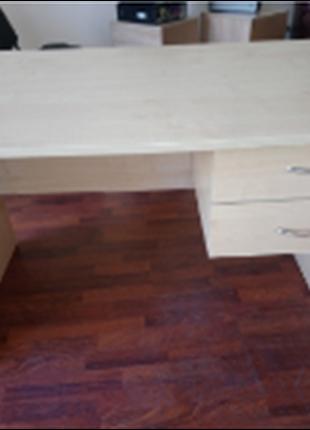 Стол офисный с встроеной тумбой