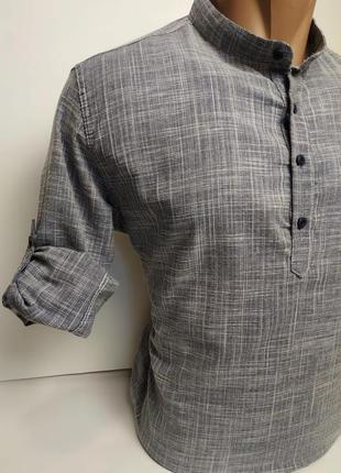 Стильная, хлопковая, приталенная рубашка, воротник стойка.