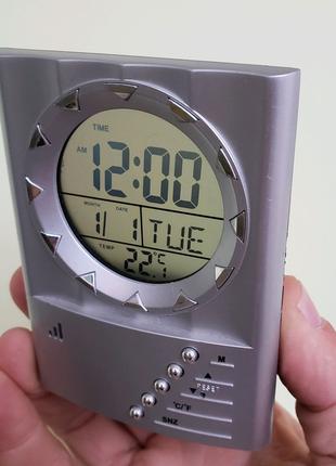 Часы будильник время дата температура (Germany)