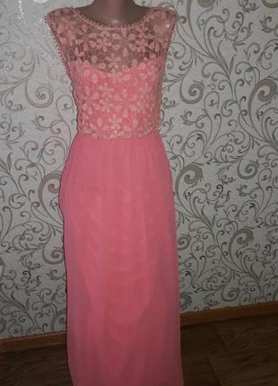 Вечернее платье в пол с кружевом