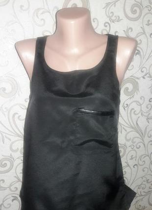 Черная шифоновая блузка с кожаной вставкой