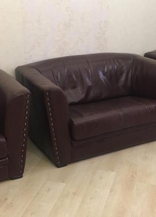 Комплект кожаной мягкой мебели