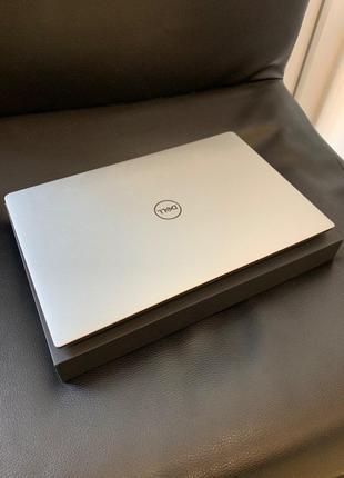 Ноутбук DELL XPS 13