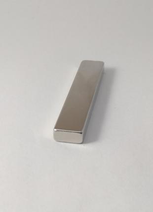 Магнит неодимовый 50х10х5 мм