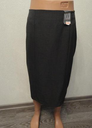 Классическая серая юбка на замке 56р , ниже колена миди