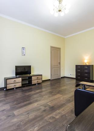 Сдается уютная 2-к квартира возле Крещатика и Золотых ворот