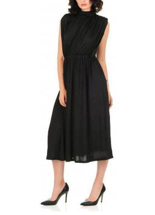 Роскошное черное платье ниже колен sisters point