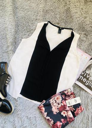 Черно-белая блуза свободная h&m из вискозы