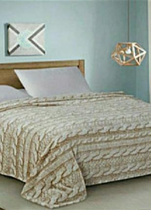Теплый , флисовый плед на кровать