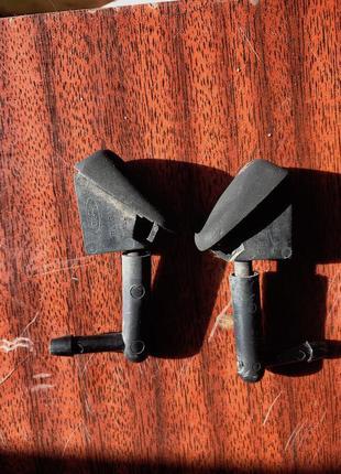 Форсунки омывателя лобового стекла Форд Фокус 1 (оригинал)