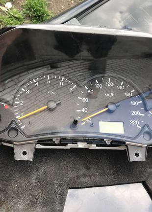 Панель приборов (приборка) Форд Фокус Ford Focus MK1 (98-04)
