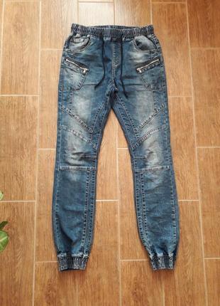 Джоггеры, джинсы на манжетах, пояс резинка, р. 29
