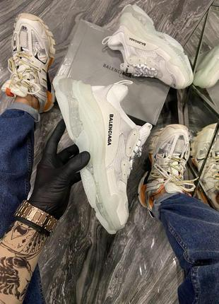 Кроссовки balenciaga triple s clear sole white grey